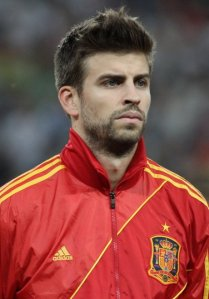 Gerard_Piqué_Euro_2012_vs_France_01